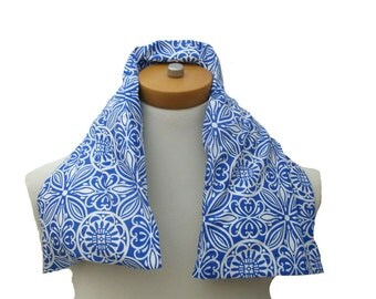 Microwavable Neck Wrap with Removable Cover Long Length Choice of Herbs-Blue and White