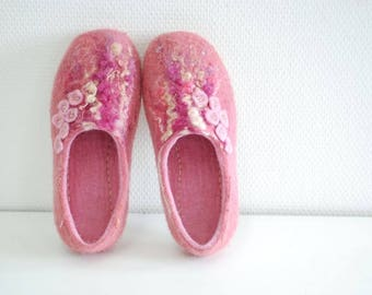 Wool shoes felted slippers pink slippers CUSTOM MADE any color and size
