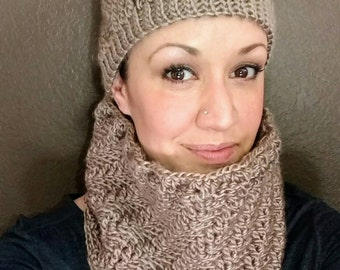 SALE Creamy Cocoa Wandering Trellis cap and matching cowl set
