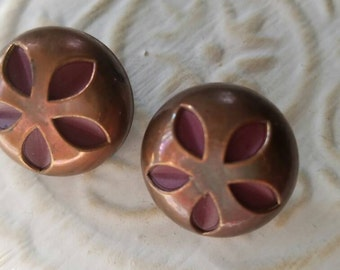 Vintage Buttons - set of 2,  matching molded copper color metal (feb 153 17)