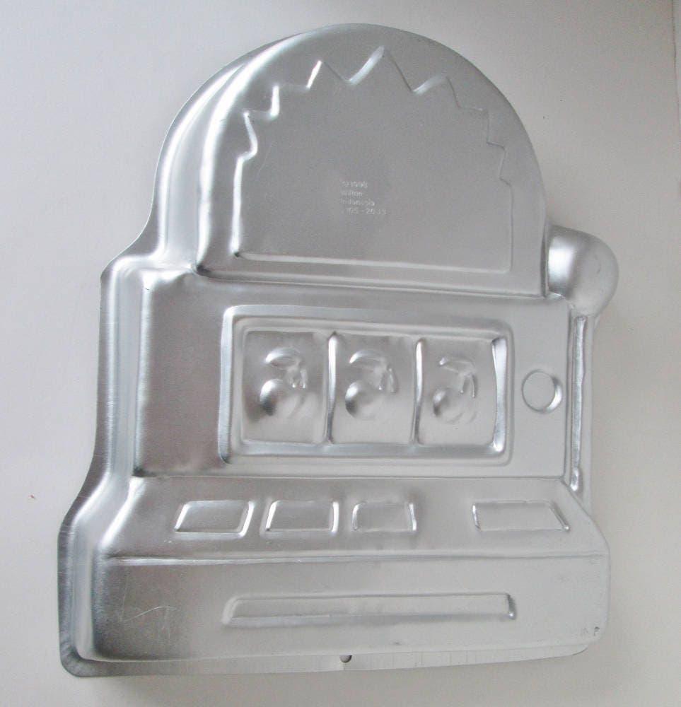 Wilton Slot Machine Cake Pan