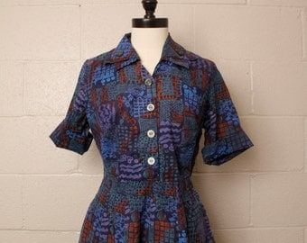 Vintage 1950's Blue Batik Cotton Shirtwaist Dress 40 bust 30 waist