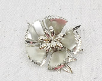 1960s Vintage Shiny Silver Tone Flower Brooch