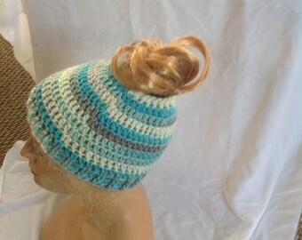 Hommeish Messy Bun Beanie, Messy Bun Hat, Top Knot Beanie, Top Knot Hat, Crochet Beanie, Winter Beanie, Unisex Beanie