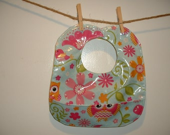 Baby Feeding Bib with pocket - Laminated fabric - Easy Clean