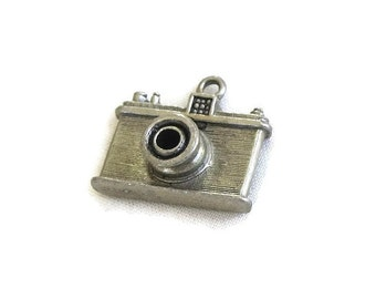Camera Charm for a Charm Bracelet Vintage