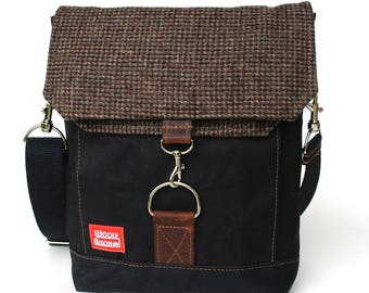Waxed Canvas Satchel / Dark Speckled Recycled Wool with Oiled Leather Closure