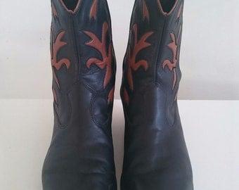 Vintage Code West Ankle Boots size 8