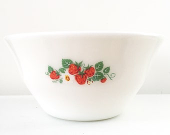 "McKee 9"" Milk Glass Strawberry Bell Mixing Bowl"