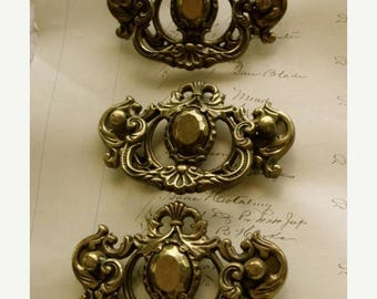 ONSALE Antique Hardware Lot 3 Beautiful Salvaged Antique Vintage Hardware Drawer Pulls Unit N0 49