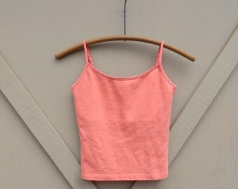 90s vintage Q&A Cropped Coral Spaghetti Strap Tank Top / Peach Cropped Tank Top