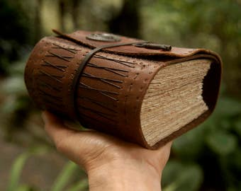 The Storyteller - Rustic Leather Journal, Extra Thick, Over 430 Tea Stained Pages, Vintage Key - OOAK