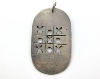 """Vintage Mexico 925 Ex's & Oh""""s Tic Tac Toe Sterling Silver Pendant XOXO"""
