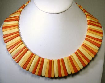 Peach Cleopatra Collar Necklace in Vintage AVON Sirocco Plastic, 1980s, Art Deco Style In Dynamic Colors of Cream,  Apricot n Salmon