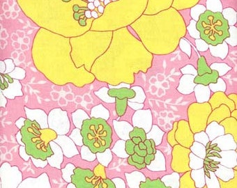 Fat Quarter Vintage Floral Pink Yellow
