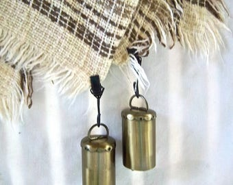 Vintage Woven Table Cloth and Metal Cylinder Clip Bell Table Cloth Weights Vintage Seaside Nantucket Indoor Outdoor Table Decor Cloth Picnic