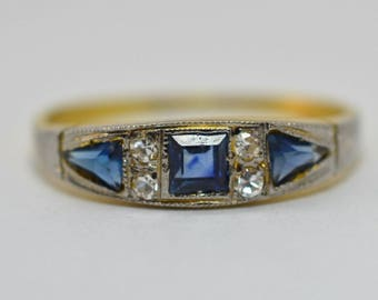 Antique Art Deco Gold Diamond and Sapphire Ring, 18K Gold Ring 1920s Diamond Ring, Engagement Ring with Sapphire Stones Size 7, Vintage Ring