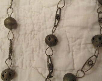 Vintage Metal Ball Chain Decorative