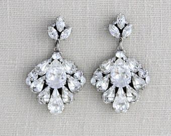 Bridal earrings, Crystal Wedding earrings, Wedding jewelry, Swarovski earrings, Bridal jewelry, Vintage style earrings, Chandelier earrings