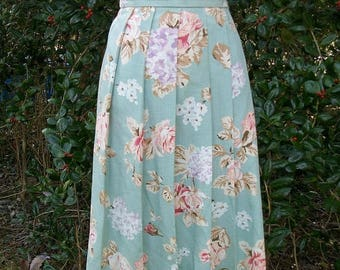 ON SALE 90s Aqua Floral Pleated Skirt Size Small Koret Petites USA  Spring Flowers
