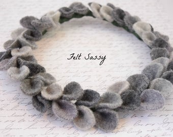 Wire Wreath - Light Grey - Recycled Wool Sweaters - Felt Sassy