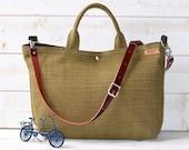 Green Linen tote bag, Carry all, Diaper bag, Messenger bag, Work bag, Leather straps, Travel bag, Zipper and 5 Pockets