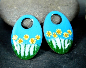 Aqua Blue Floral Enameled Copper Earring Charms, Blue Green White Yellow Earring Drop Pair, Off Set Oval Enamel Beads, Sgraffito, Flowers