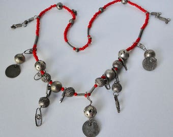 Vintage Chachal Guatemalan Necklace. Ethnic Necklace from Guatemala. Coin necklace.