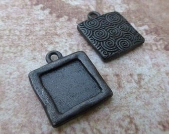 free shipping in UK -  Pack of 4 TierraCast Photo Charms Simple Square Setting in Black