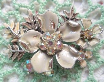 Vintage Flower PIN Creamy White Aurora Borealis Rhinestones Marked BSK Pretty for a Wedding Bridal