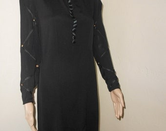 Classic Unlined Black Long Sleeved 40s Dress - Size S/M