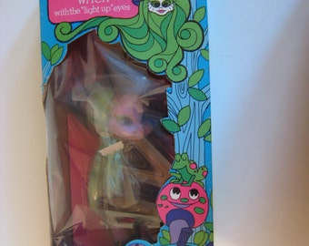 1972 Amsco Girls World Emerald The Enchanting Witch