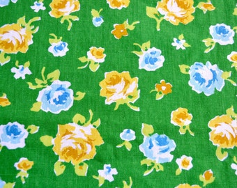 Vintage Fabric - Yellow and Blue Roses on Green Canvas Broadcloth - 44 x 35