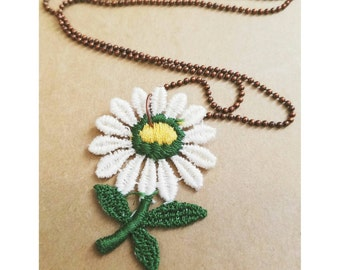 Vintage upcycled flower patch necklace- embroidered patch necklace- white daisy