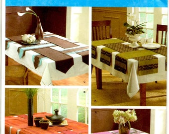 Table Runners 50 or 70 Inch Long 6 or 12 Inch Wide Pointed Straight Fringed Ends Simplicity 3903 Uncut Craft Sewing Pattern