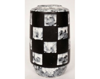Vintage Black and White Checkerboard Pottery Vase East Germany - Mid-Century Modern - Strehla
