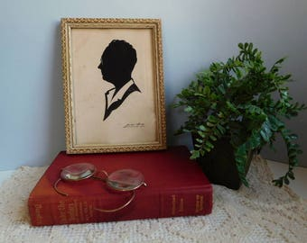 Vintage Wallie Spatz  man silhouette picture Signed  paper silhouette man with glasses