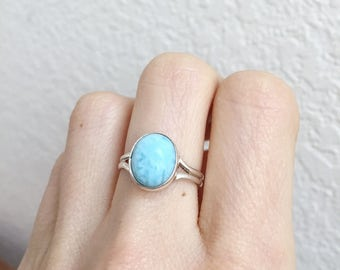 Beautiful Vintage Larimar Ring - Sterling Silver - Minimal Modern Size 6