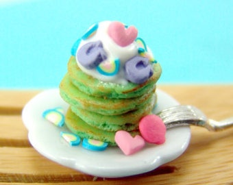 Dollhouse Miniature Food // Miniature Shamrock Pancakes with Marshmallows // 1:12 Scale Food