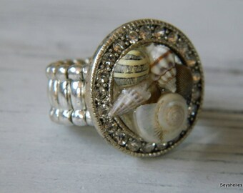 Adjustable Beach Bling Shell Ring by Seyshelles