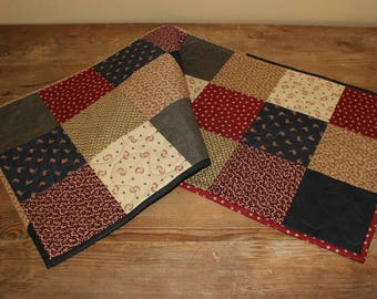 Americana quilted table runner