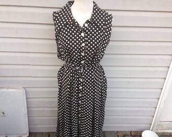 Sleeveless Polka Dot Black and White Dress