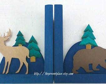 woodland nursery,personalized bookends,deer bookends,forest bookends,bear bookends,woodland book ends, animal bookends,tribal book ends