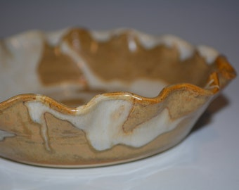Ceramic Pie Plate, Pottery Pie Plate, Ceramics and Pottery, Pie Pan, Small Pie Dish, White and Gold, Pottery Handmade