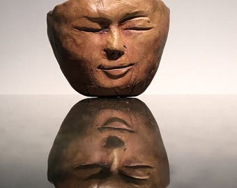 Wabi sabi face tea cup, distressed tea bowl with crackle texture, earthy pinch pot head sculpture
