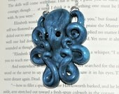 glitter blue sparkle fun time octopus necklace. glittering gold. shimmer and shine.