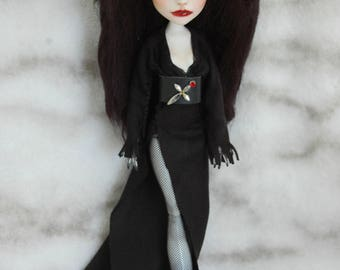 Take an extra 35% off Repaint Elvira Mistress of the dark hand painted Faceup Monster high ooak gothic collectible
