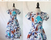 ON SALE 1960's Novelty Elephant Safari Print Dress Sz S
