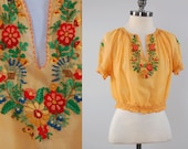 Vintage 1930s cotton gauze hand embroidered HUNGARIAN peasant blouse / Floral embroidered bohemian top / original authentic made in Hungary