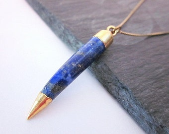 Lapis Point Necklace -- Gemstone Horn Necklace -- Lapis Gem Necklace -- Gold & Blue Necklace -- Blue Spike Necklace --Blue Necklace